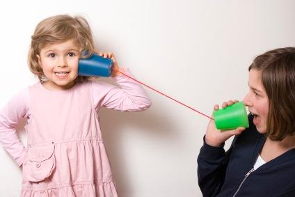 girls-on-mug-phone-21
